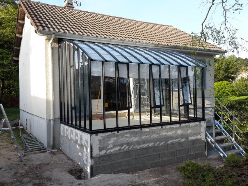 Pose d'une serre à l'ancienne en Loire Atlantique (44) vue 1