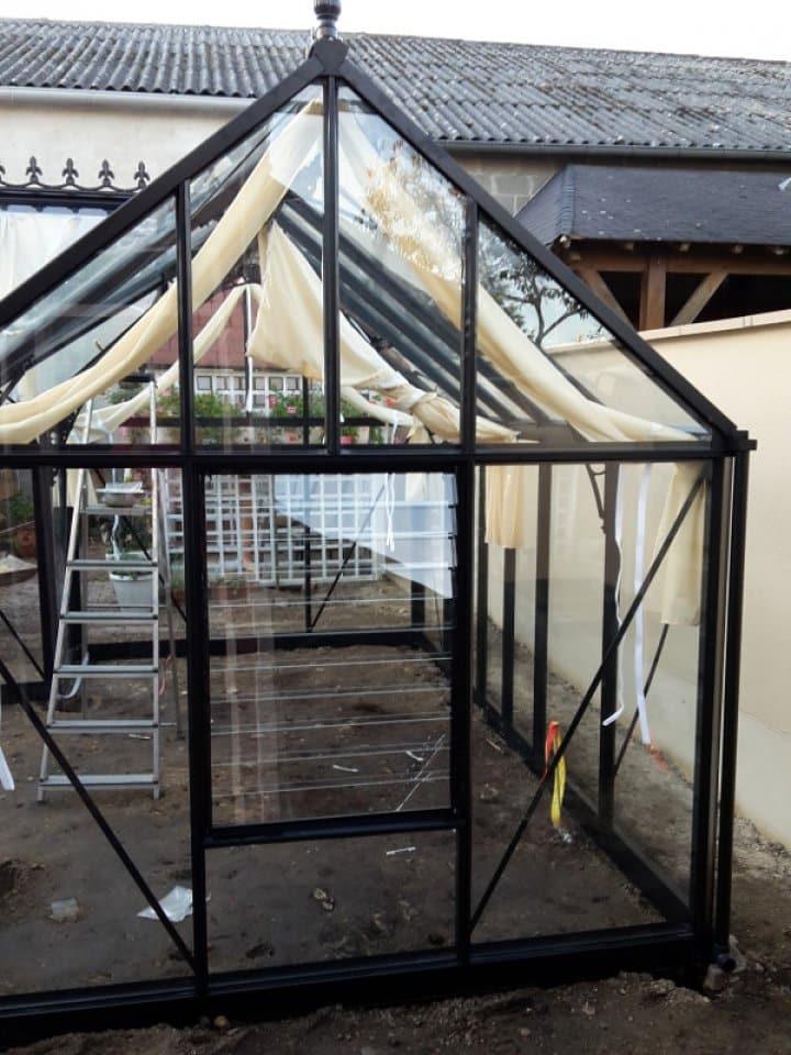 Montage d'une serre orangerie en forme de T au Plessis Grammoire (49) vue 2