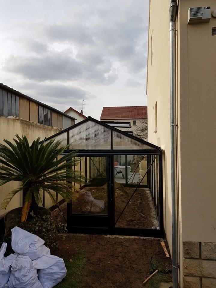 Pose d'une serre tropicale à Maisons Alfort (94) vue 2