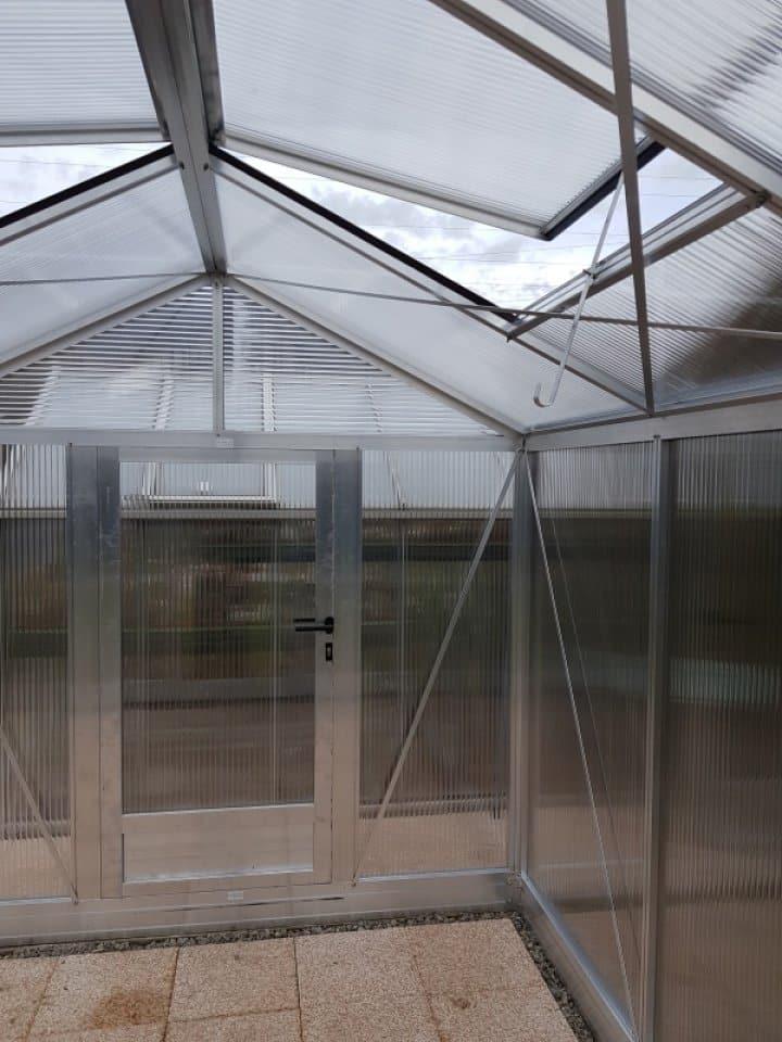 Installation d'une serre Tropic Maxi à St Cergues (74) vue 2