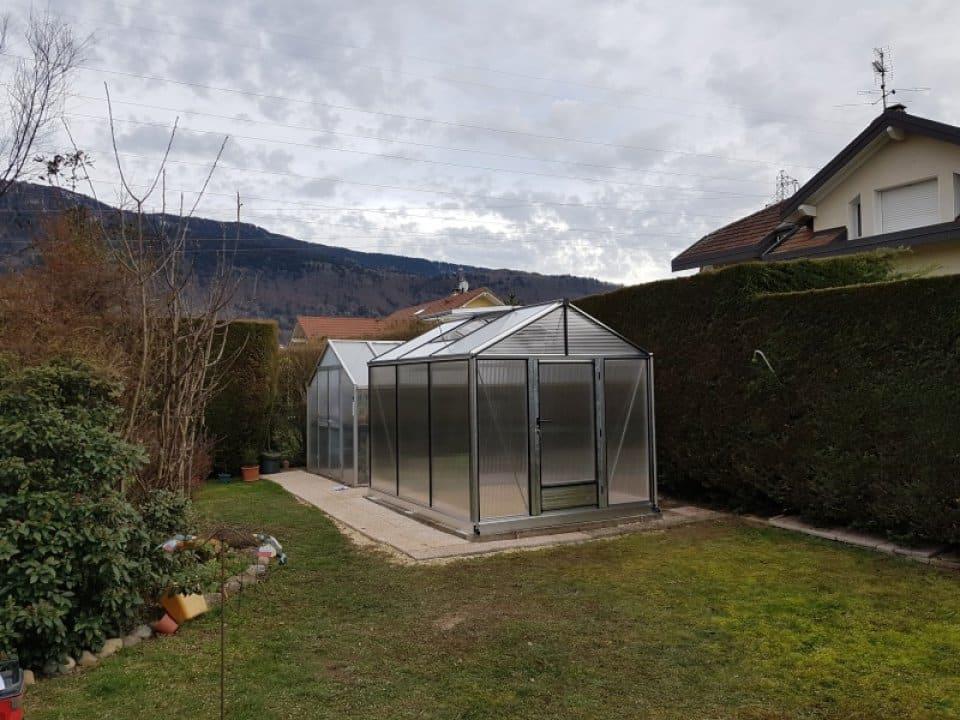Installation d'une serre Tropic Maxi à St Cergues (74) vue 1