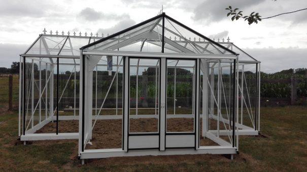 Serre d'ornement Orangerie classique sur muret - Structure aluminium - Euro T Classic Mur Alu (Vue 1)