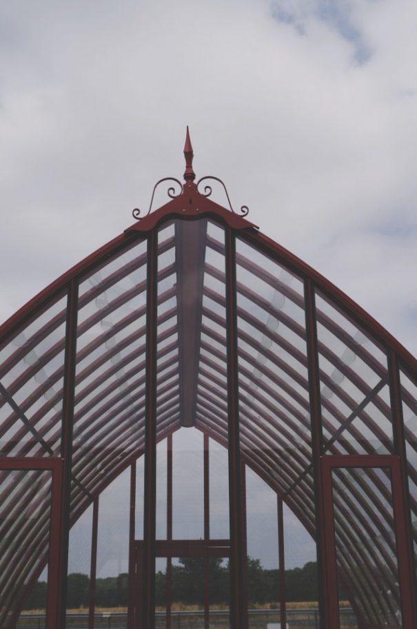 Verrière à l'ancienne style fer forgé - Structure aluminium - Eugénie Classique (Vue 1)