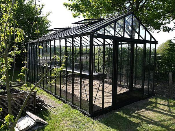 Serre de jardin de petite surface - 3,09x6,04m - Serre Arôme - 18,6m² (Vue 4)