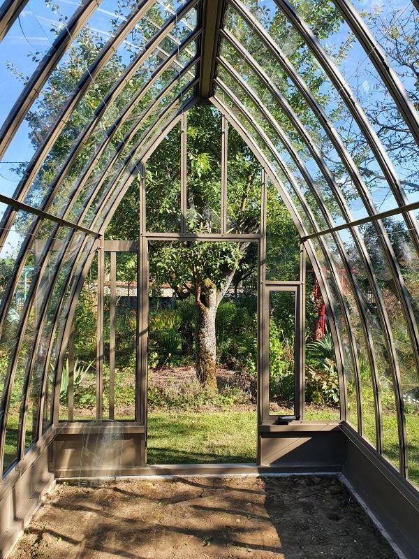 Serre de jardin à l'ancienne style fer forgé avec soubassement – Structure aluminium - Louise Soubassement (Vue 2)